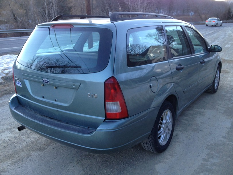 Picture Of 2004 Ford Focus ZX3  Exterior also 2004 Ford Focus ZX5 in addition Blue 2004 Ford Focus ZTS Sedan furthermore 2004 Ford Focus ZTW Wagon besides 2004 Ford Focus SVT. on 2004 ford focus